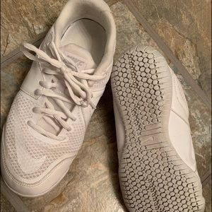 Women's size 7 Nike cheer sneakers